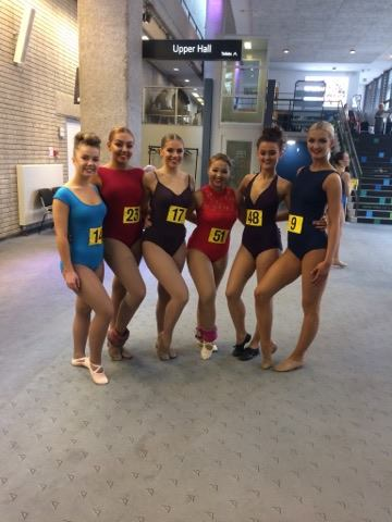 Eve, Bridie, Rebecca, Charlotte, Bree & Alex